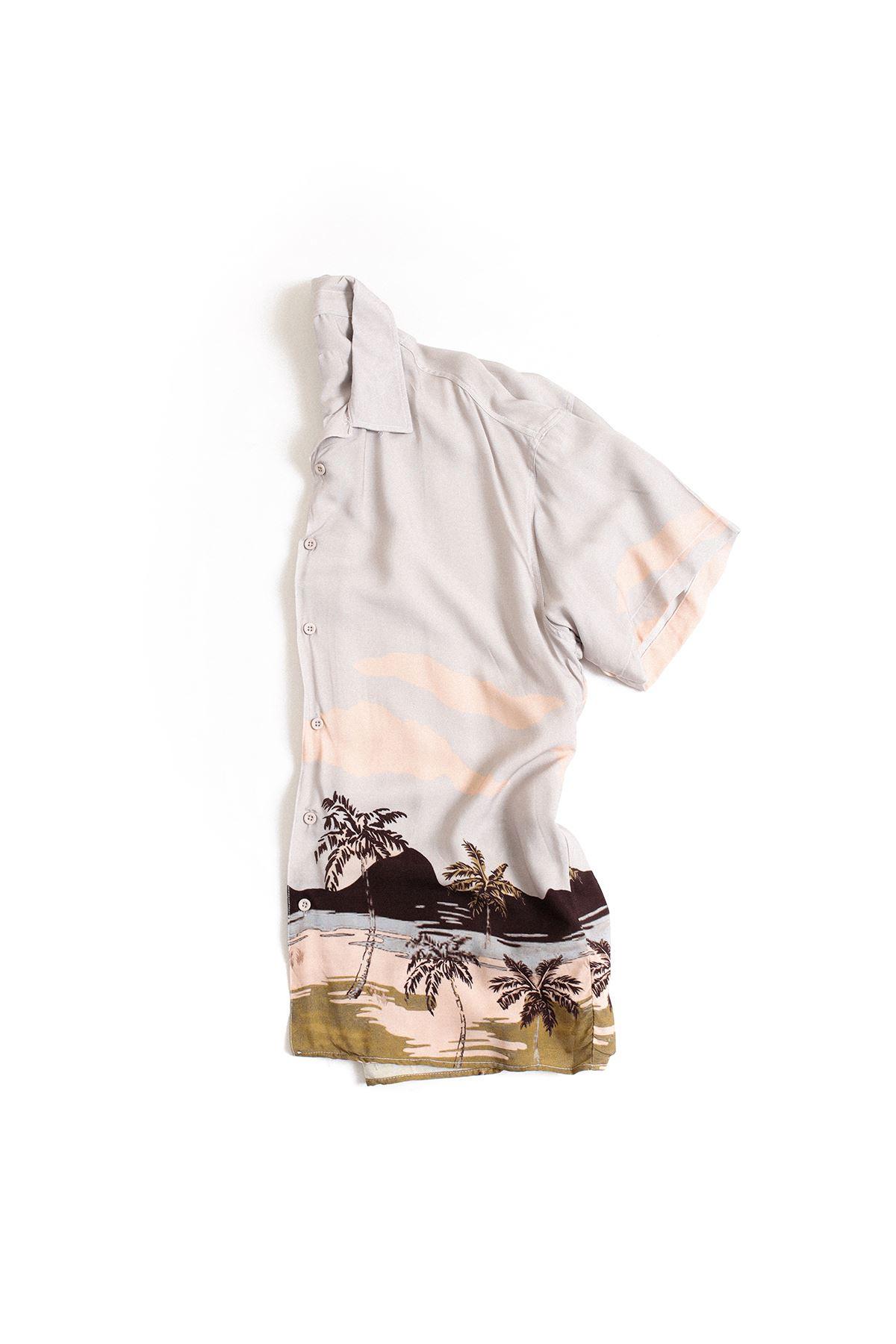 Gri Palmiye Desenli Transfer Baskılı Gömlek