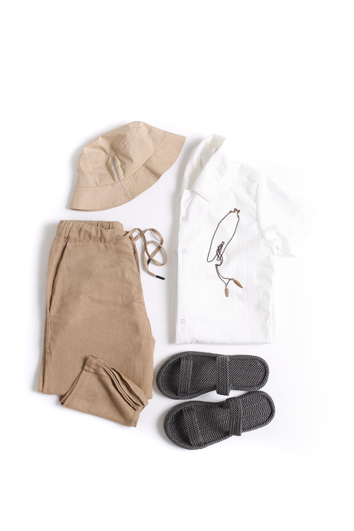 Beyaz Triko Gömlek Vizon Düz Paça Klasik Jogger Kombin